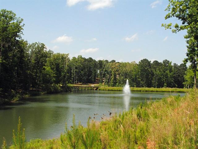 Image 4 of 1060 Angel Pond East