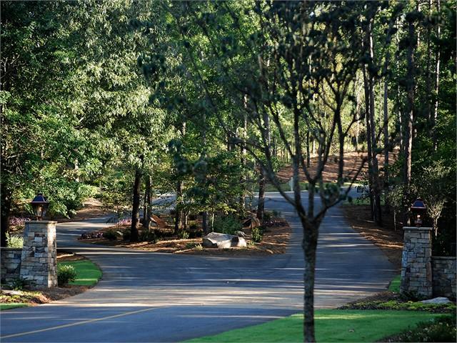 Image 2 of 2901 Linger Longer Drive